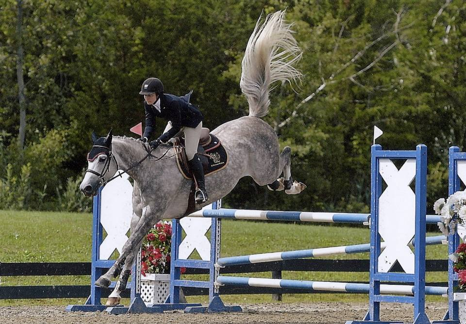 The Complete Horse USEF Horse of the Year Catango